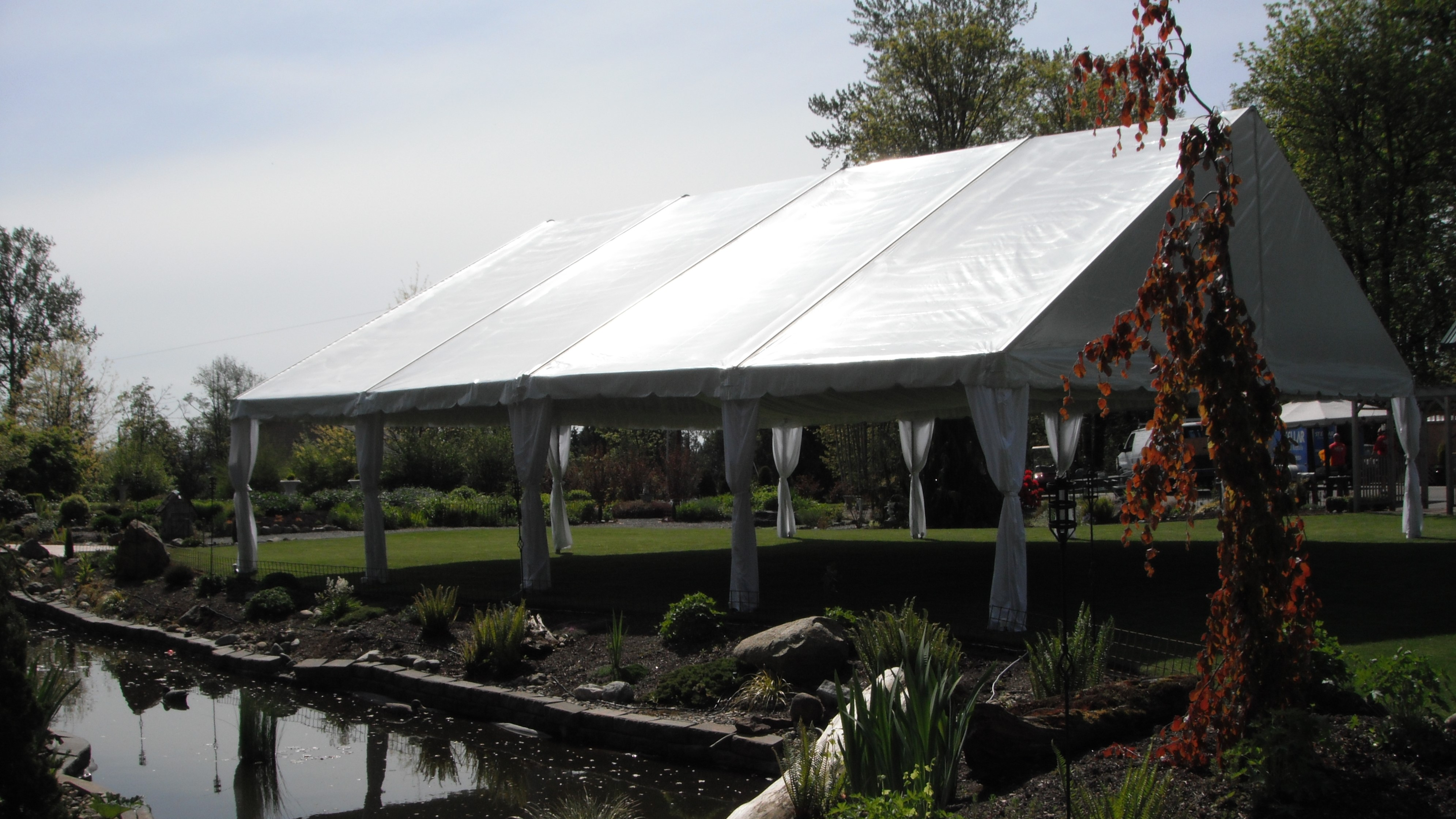 40x40 tent at TWG