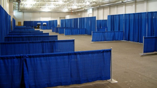 Convention booth draping pipe-n-drape